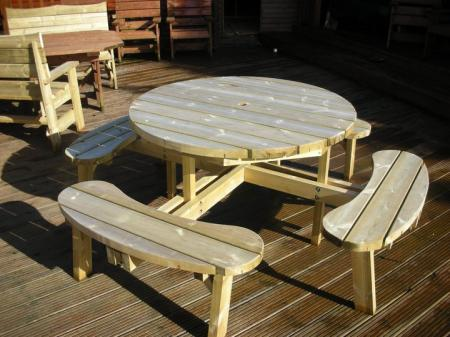 8 seater_table and chairs_round_250